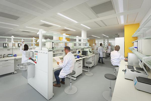 201214_HOK_UKCMRI_CGI_Laboratory_2012-06-12